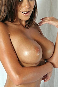 Hot Nicole Graves