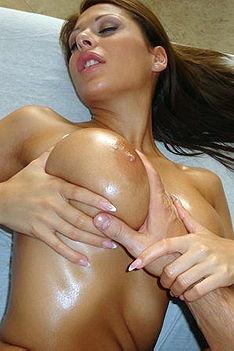Brunette Babe In Sexy Massage